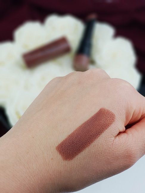 Swatch Velvet The Lipstick de Bourjois - Teinte Taupe of Paris
